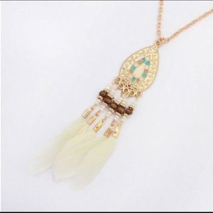 Jewelry - Boho Bead and Feather Tassel Necklace